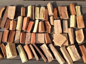 dřeva